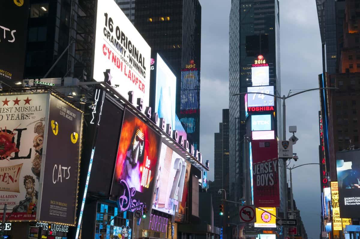 Broadway 1 1