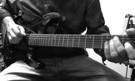 Jouer Roadhouse Blues des Doors